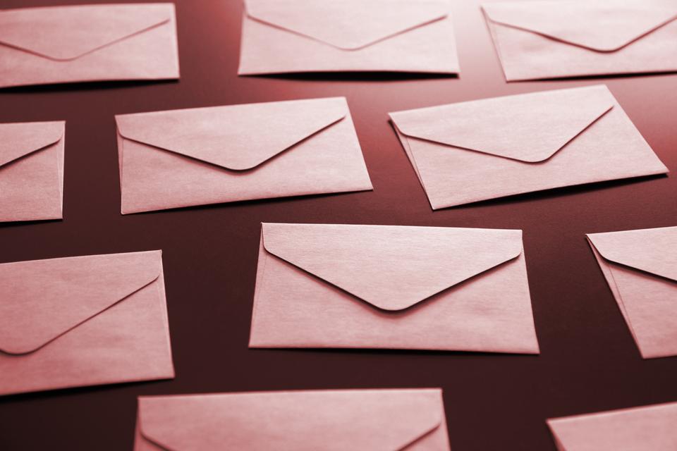 あなたのメールは届いていますか?迷惑メールに振り分けられないメール送信方法とは